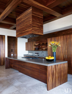 At George Clooney's Mexican villa—which is part of a Legorreta + Legorreta-designed compound he shares with Cindy Crawford and Rande Gerber—the Henrybuilt kitchen is appointed with a Viking cooktop and cabinetry faced in parota wood.