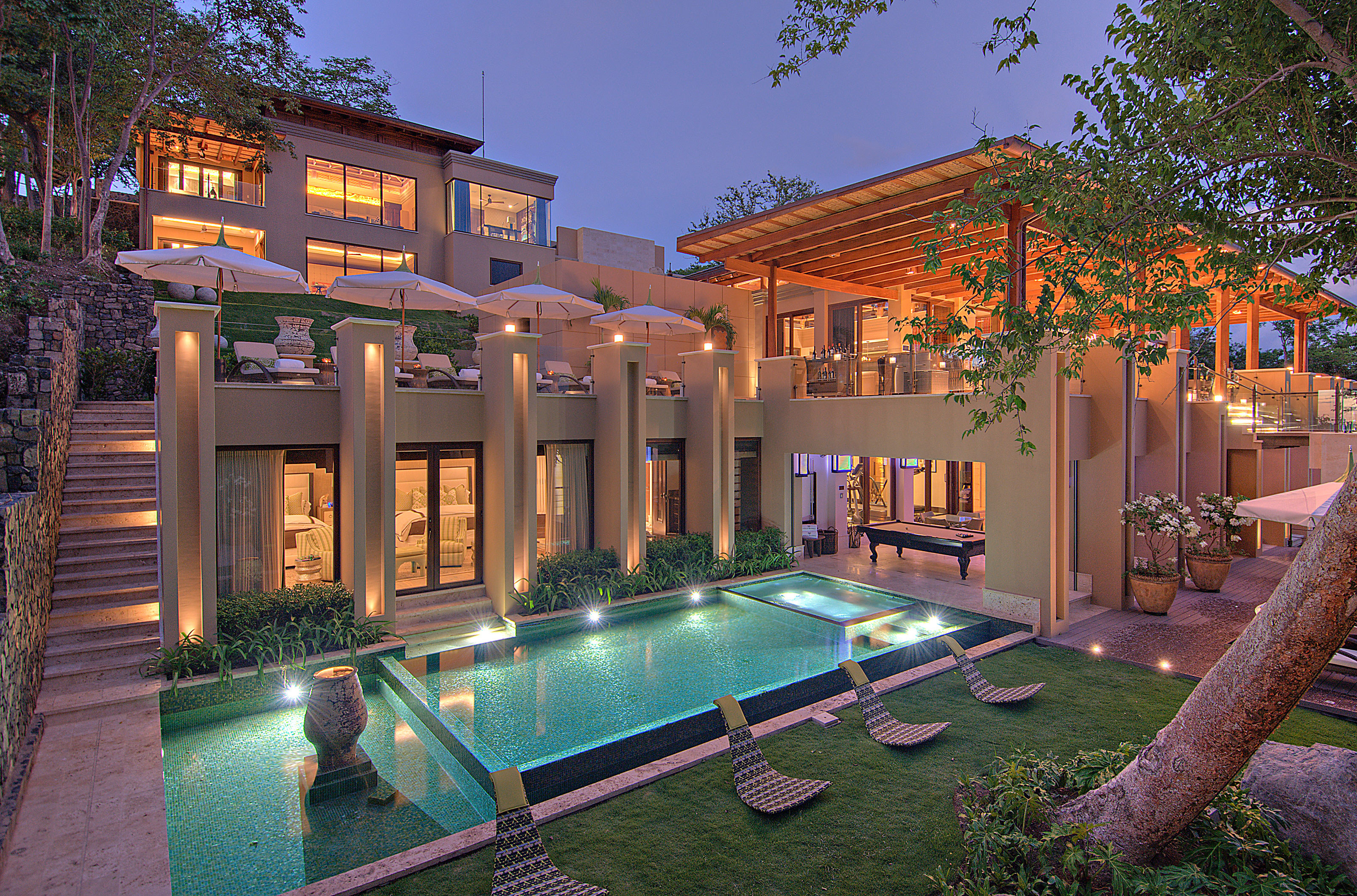10 sun soaked villas to visit this winter drew 39 s home team for Costa rica luxury villa