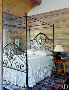 dam-images-decor-2015-08-rustic-bedrooms-rustic-bedrooms-06